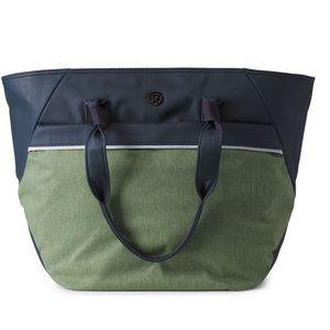 EUC Lululemon Everything Bag